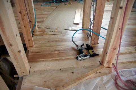 070 木工事