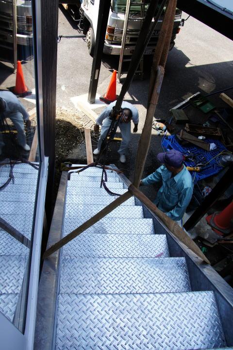 035 屋外階段設置工事